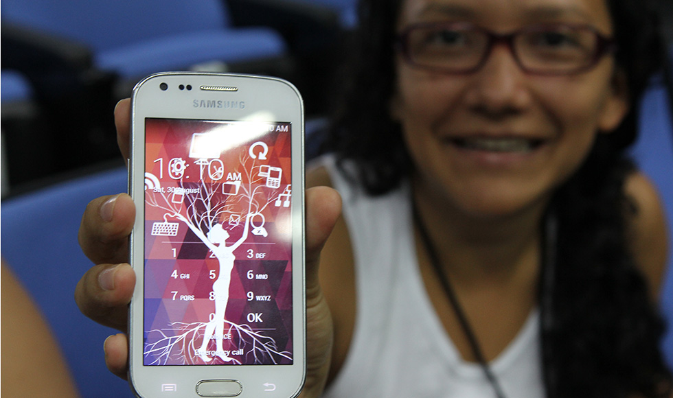Ana Isabel González participates in the Hackatón Femenino, part of an initiative in Costa Rica that encourages young women to take up technology. It is supported through UN Women's Fund for Gender Equality.
