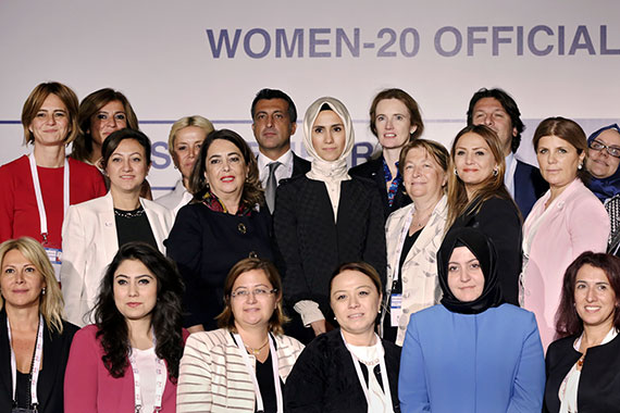 Group photo at the launch of Women 20 (W20) in Ankara, Turkey, September 2015. Photo: Anadolu Agency/Aykut Ünlüpınar