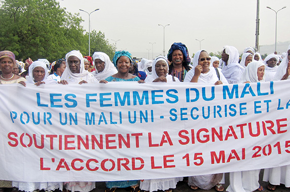 In Mali, Un Women supported women religious leaders and secular advocates in their quest for peace and gender equality.