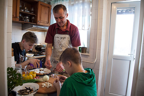 The recent introduction of paid paternity leave in Moldova, one of a series of strengthened gender equality provisions in national laws and codes, is a step towards bringing men more fully into unpaid family care responsibilities. Photo: UN Women/Rena Effendi.