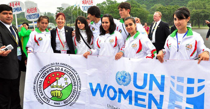 Youth in Central Asia are being engaged in efforts to prevent violence against women and girls through sports. The National Taekwondo Federation of Tajikistan conducted awareness raising campaigns among young people as well as the military. (Photo: UN Women.)