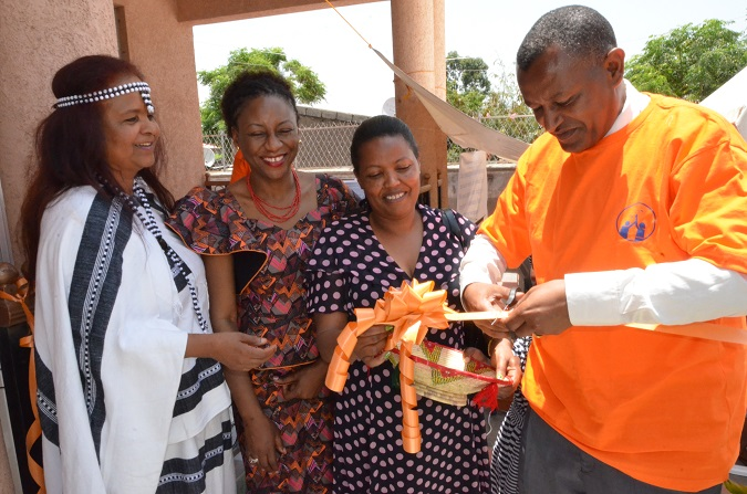 Deputy Police Commissioner of Oromia cutting the ribbon to the newly opened Safe House(Credit UN Women)