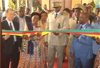 From L-R, Ambassador of Japan, Minister of Women's Empowerment, Governor of the East Region, Representative of UN Women Cameroon cutting the ribbon for the Call Centre in Bertoua. Photo credit: J Fajong/UN Women