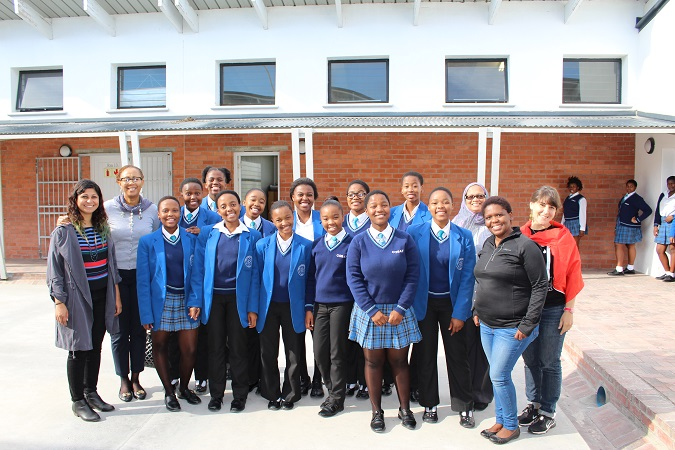 Girls from Khayelitsha's Centre of Science and Technology (COSAT) School who are also part of the Mozilla club