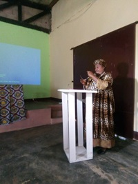 Her Majesty Mfegue Olinga Salome Aline, President of DYDESCA. Phot credit: Mengue Valerie, UN Women Cameroon.