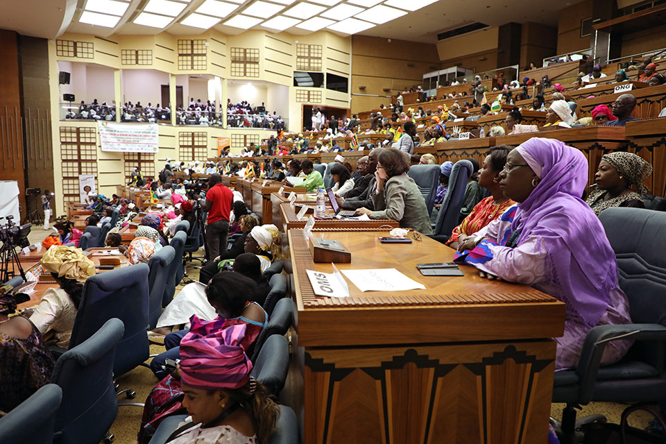 More than 300 participants gathered in Dakar for the first African Summit on FGM and Child Marriage in Dakar, Senegal. Photo: UN Women/Dieynaba Niabaly