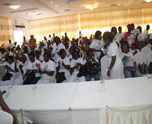 Women of Sierra Leone showing support to the National Conference on peace and social cohesion. UNWSL-Photo-Umaru Samai 1