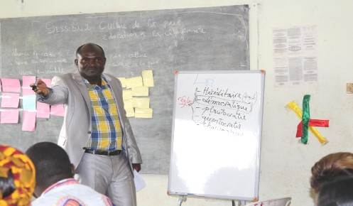 Trainer from Ministry of youth during his presentation. Photo credit: Emeline Evina/HeForShe Volunteer/UN Women  Cameroon