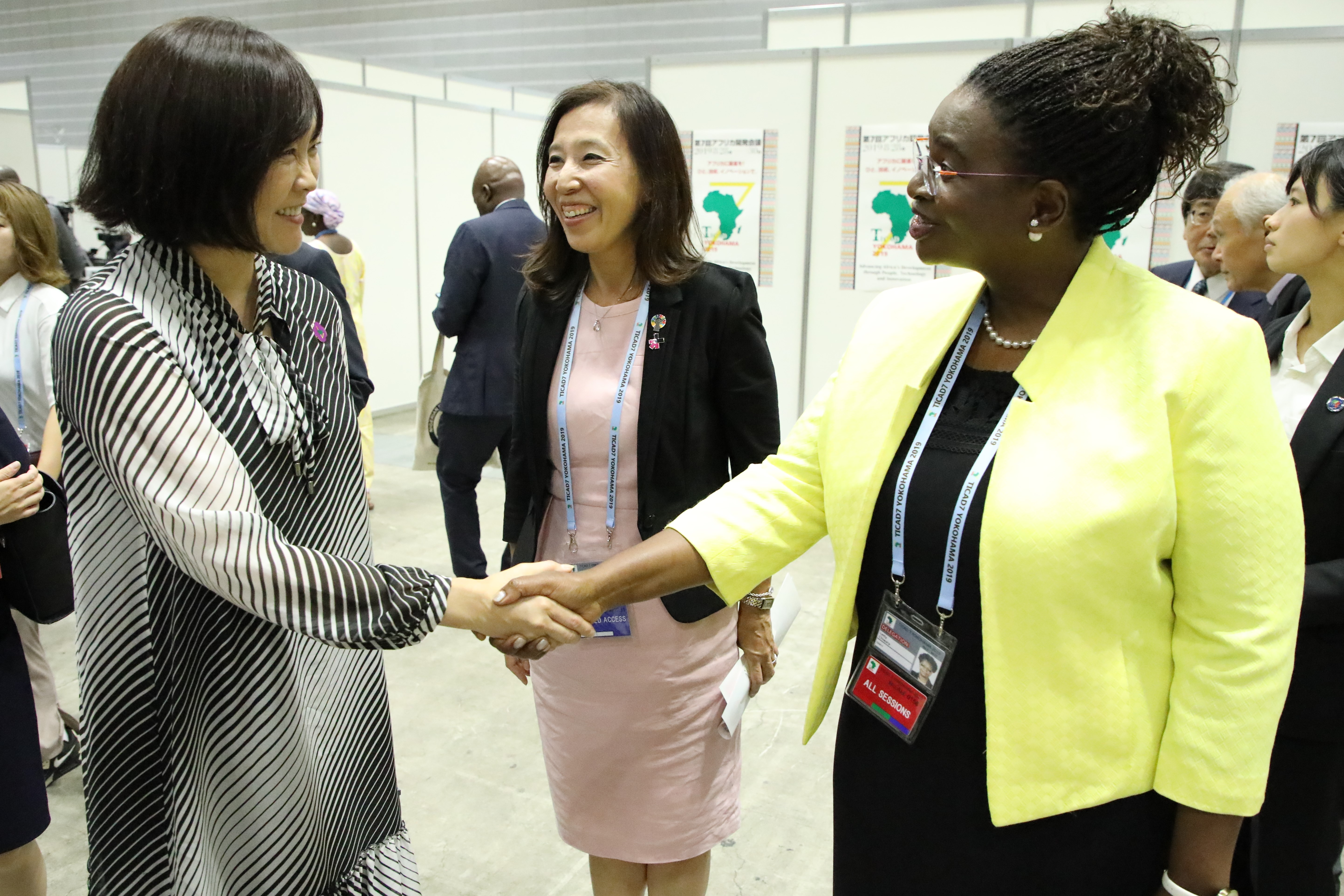 First Lady of Japan visits UN Women's booth at the exhibition hall where she is welcomed by Kae Ishikawa, Director of UN Women Japan Liaison Office, and Letty Chiwara, UN Women Representative to Ethiopia, Africa Union and UNECA.