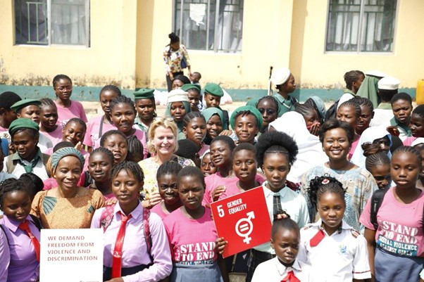 UN Women Deputy Executive Director Åsa Regnér UN Women Nigeria Country Rep, Comfort Lamptey and UN Women Regional Director for West & Central Africa, Oulimata Sarr with the young girls of Sexual Offences Awareness & Victims Rehabilitation (SOAR) Initiative.