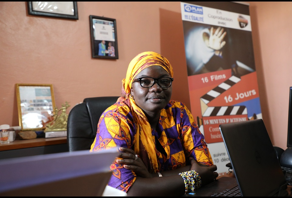 Fatou Warkha Sambe is a 30-year old video-journalist who founded a web TV amplifying the voices of vulnerable women in Senegal. Credit: UN Women/Khadidiatou Ndiaye