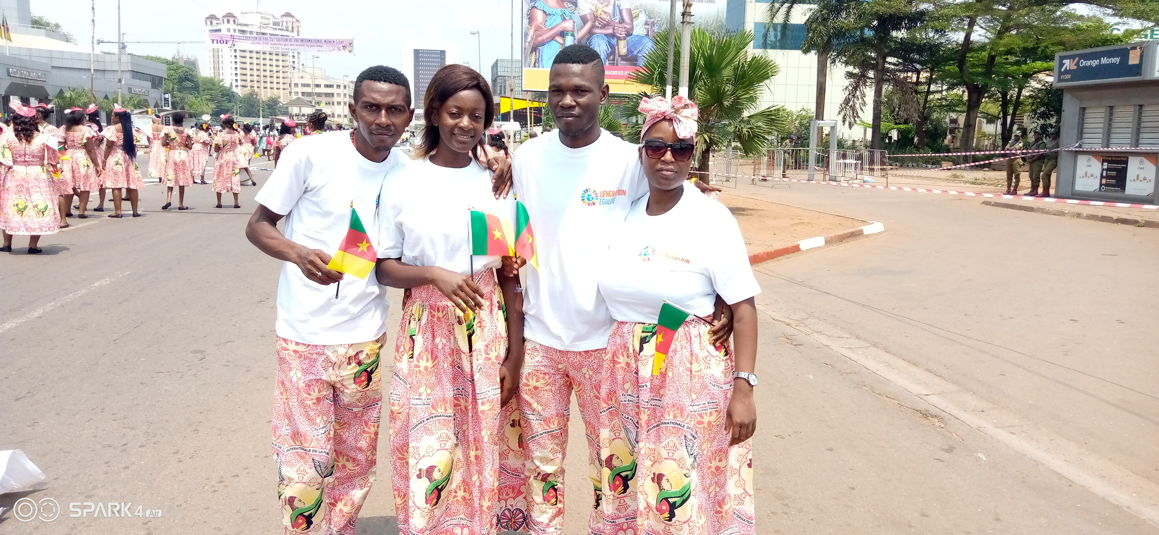 Young leaders manifesting for parity 50-50 during the march of 08th March 2020.