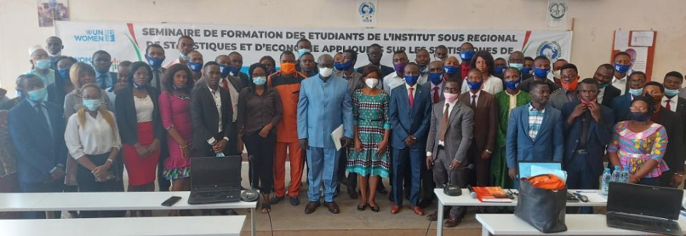 Participants in the gender statistic seminar organized by UN Women and ISSEA for future officers of Cameroon's National Statistical System. Photo: UN Women/Nelly Kamdem.
