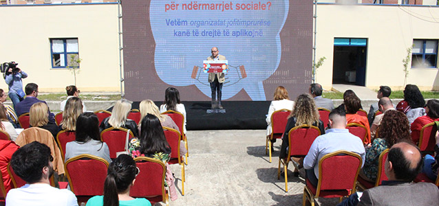 Executive Director of the Youth Albania Professional Services (YAPS) social business Mr. Arben Shamia during the launching of the social enterprises call. Photo: UN Women Albania