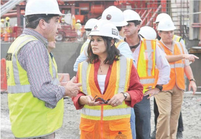 UN Women congratulates the workers of the Panama Canal