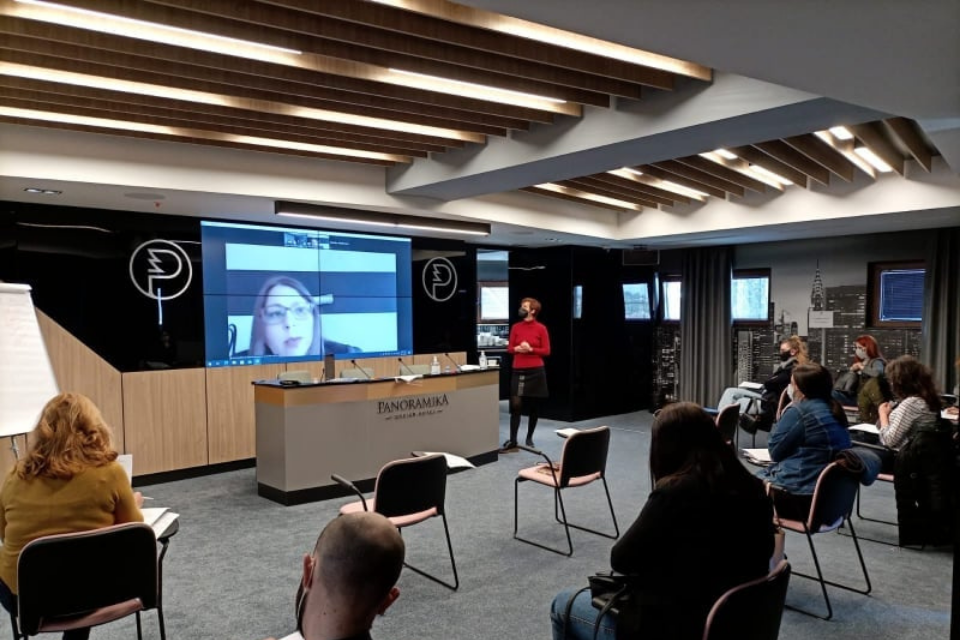 Journalists and media professionals from North Macedonia benefited from space for conversations on the topics of gender equality. Photo: UN Women