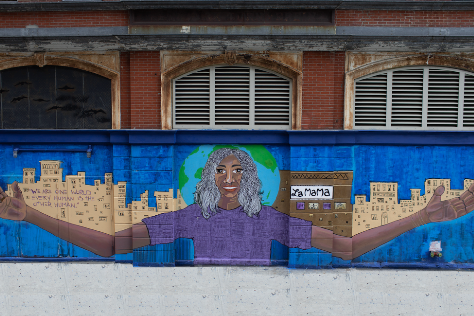 """""""We are one world; every human is the other human"""" created by the mural artist Alice Mizrachi. Photo: Secret Productions"""