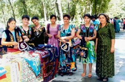 Rural women in Uzbekistan unite to learn business skills and generate livelihoods