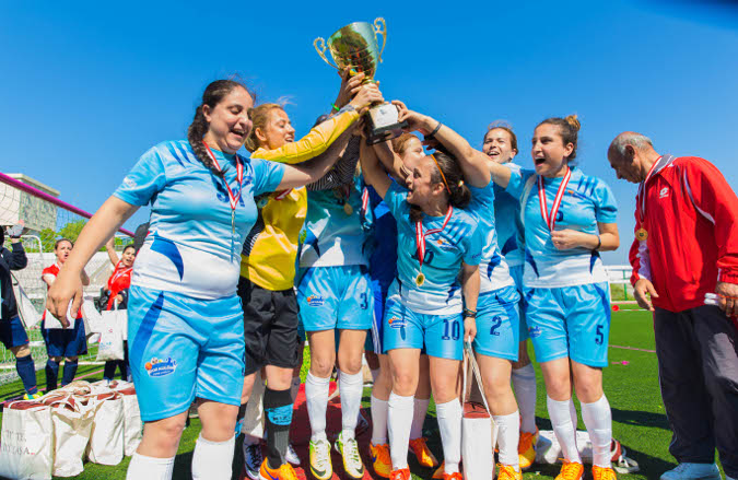 Turkish women football players celebrate the power of sports. Photo: Girls on the Field