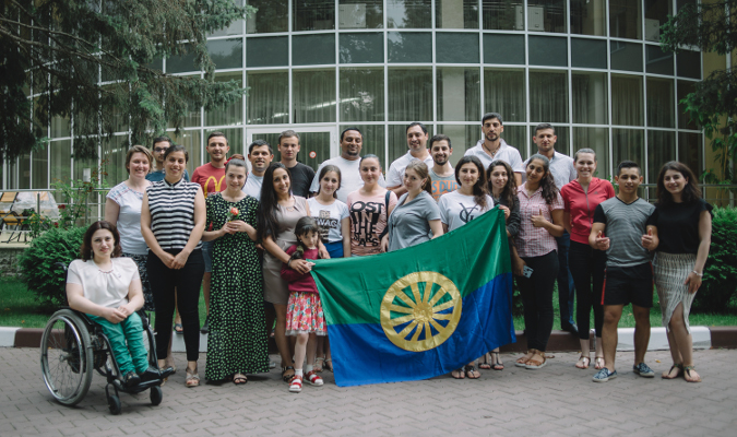 """A 2014 UN study indicates that Roma women and girls are one of Moldova's most disempowered groups. Photo: UN Programme """"Women in politics""""/ Ramin Mazur"""