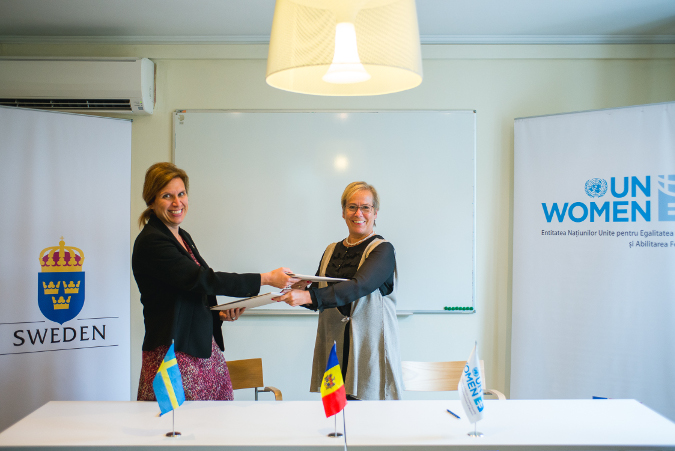 UN Women Moldova/Dorin Goian. Ambassador of Sweden in Moldova, Her Excellency Signe Burgstaller (left), and UN Women's Regional Director for Europe and Central Asia, Ingibjorg Solrun Gisladottir (right) have signed a new cooperation agreement between the the Government of Sweden and UN Women Moldova.