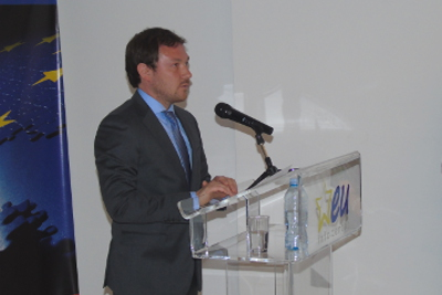 Nicolas Bizel of the EU Delegation in Serbia explaining the three reasons why this programme is important for Serbia. Photo: EU Info Center/Bojan Sarac