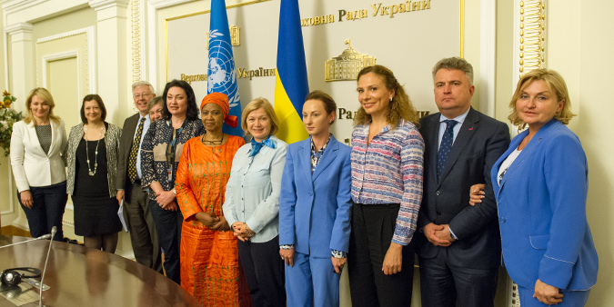 UN Women Executive Director, Phumzile Mlambo-Ngcuka met Ukrainian MPs to discuss the importance of legislation to advance gender equality. Photo: UN Women/Volodymyr Shuvayev