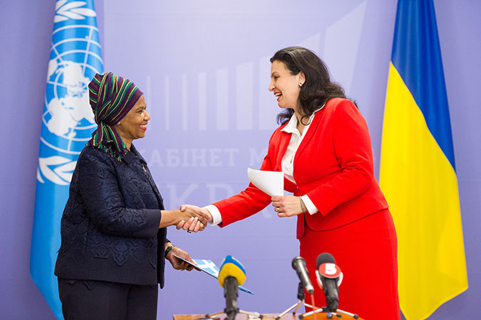On 8 June 2017 in Kyiv, the capital of Ukraine, UN Women Executive Director Phumzile Mlambo-Ngcuka met with Ivanna Klympush-Tsintsadze, Ukrainian Vice-Prime Minister on EU and Euro-Atlantic Integration. Photo: UN Women/Volodymyr Shuvayev