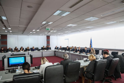 Representatives of Kosovo institutions, international organizations, associations, civil society organizations and accredited ambassadors in Kosovo, during the government-organized meeting on 30th of January 2017. Photo: Petrit Rrahmani