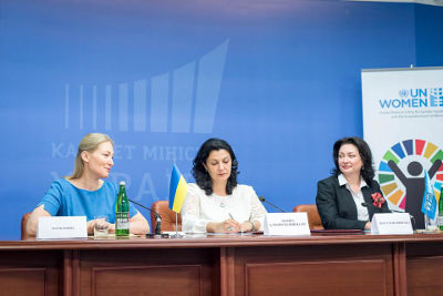 Left to right. Maria Ionova, Member of the Parliament and member of Equal Opportunities Caucus, Ivanna Klympush-Tsintsadze, the Deputy Prime Minister of Ukraine for European and Euro-Atlantic Integration, and Anastasia Divinskaya, UN Women Country Programme Manager/Head of Office in Ukraine at the event, dedicated to the signing of the Host Country Agreement. Photo: Cabinet of Ministers of Ukraine