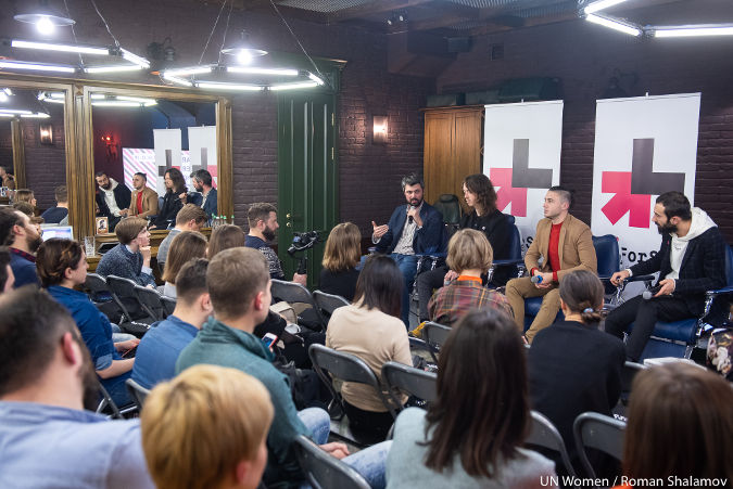 Male opinion leaders of Ukraine openly discuss gender stereotypes at the first Barbershop event in the region