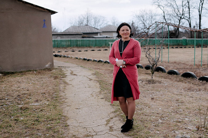 A teacher in Moldova learns to lead, changing her community for the better and inspiring others