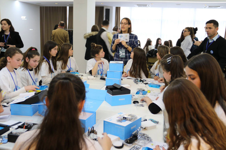 "Girls from different Kosovo municipalities participate in ""Girls Innovate for Change"" workshop allowing them to develop their ICT skills while building robots.  Photo: UNICEF Kosovo Programme"