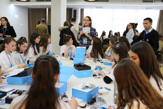 "Girls from ten municipalities in Kosovo take part in which the ""Girls Innovate for Change"" workshop, where they acquire skills related to robotics, 3D design and printing, programming as well as web design Photo Credits: UNICEF Kosovo Programme"