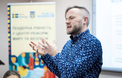 Brian Heilman shared examples of how changing toxic masculinity improves lives for everyone. Photo: UN Women/Sergey Korovaynyi
