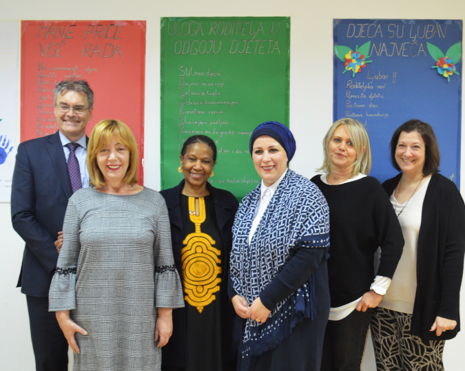 UN Women Executive Director Phumzile Mlambo-Ngcuka (in the center), UN Women Regional Director Alia El-Yassir and UN Women Bosnia Country Office Representative David Saunders, meet with representatives of Foundation for Local Democracy. Photo: UN Women/Mariana Mellado