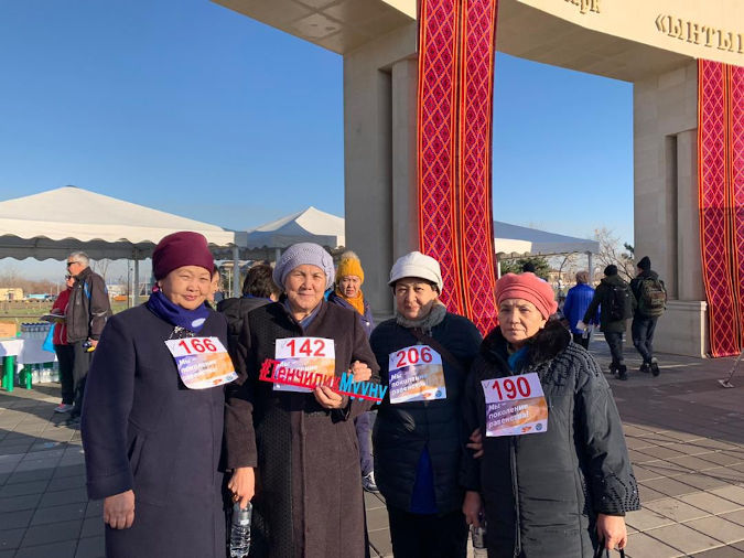 Regional activists came to Bishkek to express their support to 16 Days campaign. Photo: UN Women Co in Kyrgyzstan