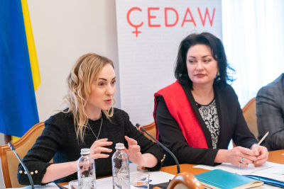 Iryna Suslova (left) and Anastasia Divinskaya (right) emphasize the importance of accounting for the gender aspects in the development of the new Strategy. Photos: UN Women/Volodymyr Shuvayev