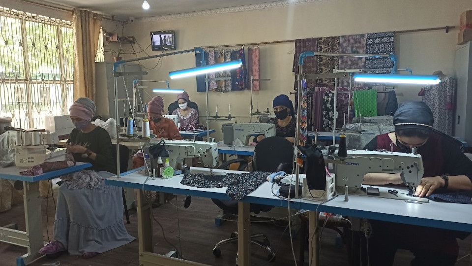 Tajik businesses run by women living with HIV supply key protective gear for COVID-19 response