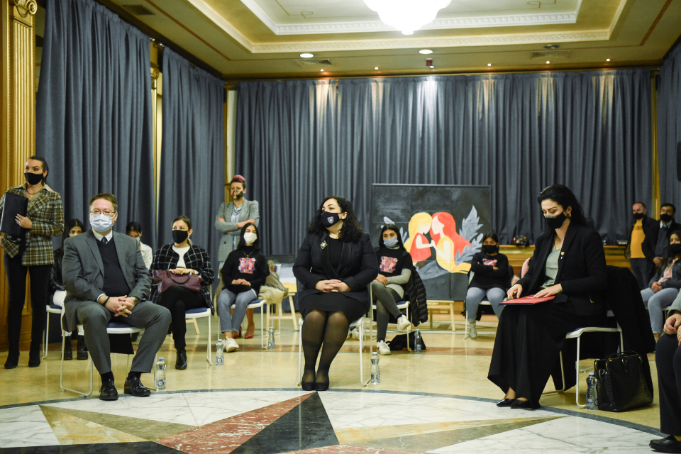 Twenty young women from non-majority communities gathered in the Kosovo Assembly listen to inspirational speeches and see their art works exhibited on International Women's Day this year. Photo: UN Women Kosovo
