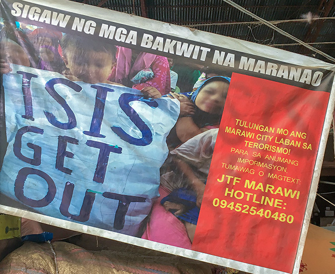 Buru-un shelter, Iligan City. Survivors of the Marawi siege told UN Women that extremists are recruiting young people from universities to their forces. Photo: UN Women/Carla Silbert