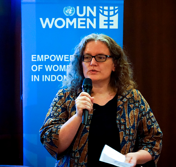 UN Women Representative, Sabine Machl opening the talkshow. Photo: GIZ/Arvianto