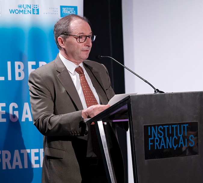 Jean-Charles Berthonnet, Ambassador of France to Indonesia, spoke about the importance of putting gender equality in a daily conversation. Photo: UN Women/ Putra Djohan.