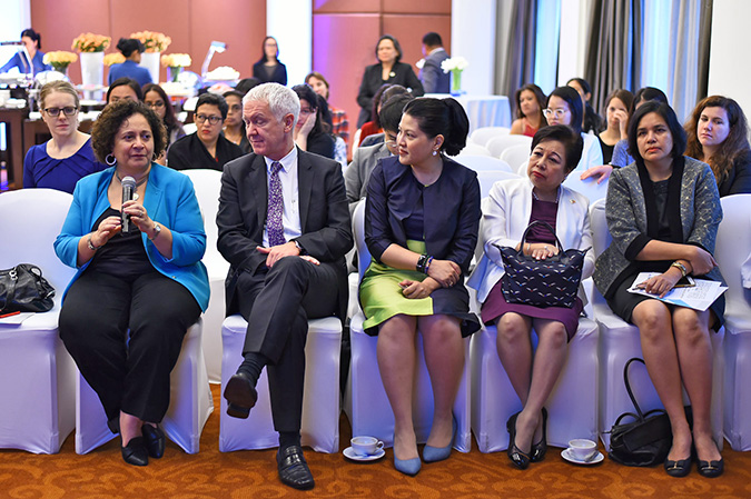 (From left) The Ambassador of the Arab Republic of Egypt to Thailand, H.E. Laila Ahmed Bahaaeldin, The Ambassador of Switzerland to Thailand, H.E. Ivo Sieber, the Representative of Thailand to ACWC for Women's Rights, Dr. Ratchadfa Jayagupta, the Ambassador of the Philippines to Thailand, H.E. Mary Jo Bernardo-Aragon and Honorable Suntariya Muanpawong from the Supreme Court of Thailand. Photo: UN Women/Pornvit Visitoran