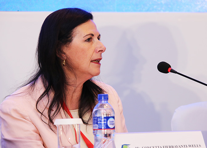 Senator Concetta Fierravanti-Wells, Australian Minister for International Development and the Pacific, chairs the event on gender and inclusiveness at the Ulaanbaatar conference. Photo: UNFPA/Tim Jenkins