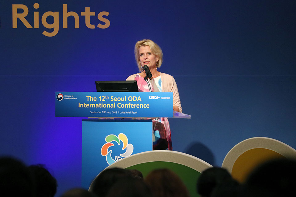 """UN Women Deputy Executive Director Åsa Regnér speaks at the 12th ODA International Conference session on """"the role of inclusive ODA by realizing human rights and gender equality"""" in Seoul, the Republic of Korea. Photo: UN Women/Younghwa Choi"""