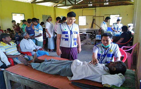 THD Mobile clinic in Kyar Nyo Phyu, Buthidaung Township. Photo: IOM Myanmar