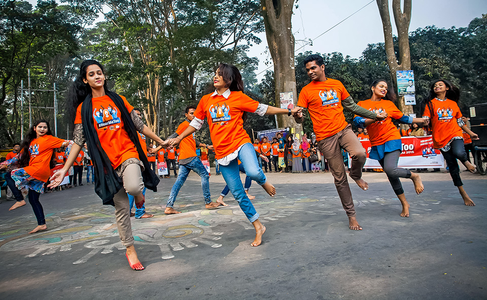 Students participating in a flash mob dance during student activation in Rajshahi University for 16 Days of Activism, 4 December 2018, Rajshahi, Bangladesh. Photo: Fahad Kaizer