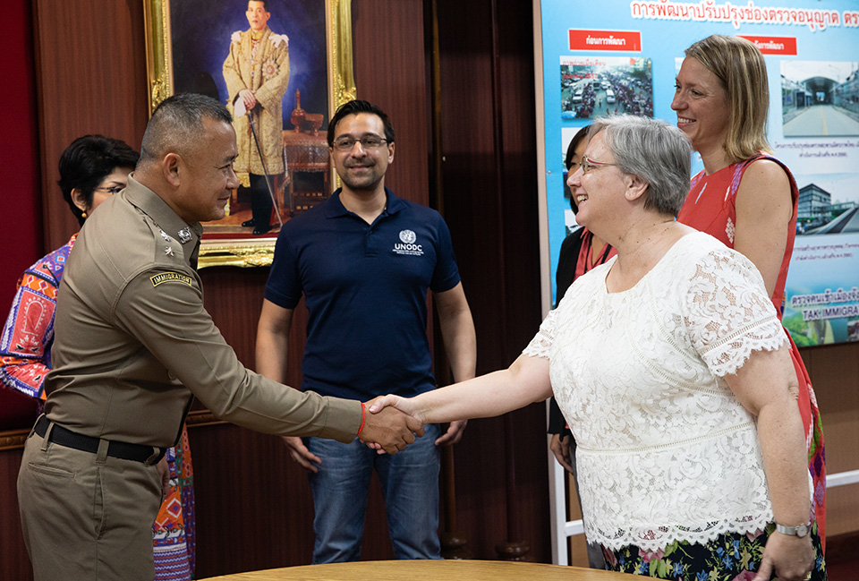 The Ambassador of Canada to Thailand, HE Donica Pottie, meets with border officials in Mae Sot, Thailand. Photo: UN Women/Stephanie Simcox
