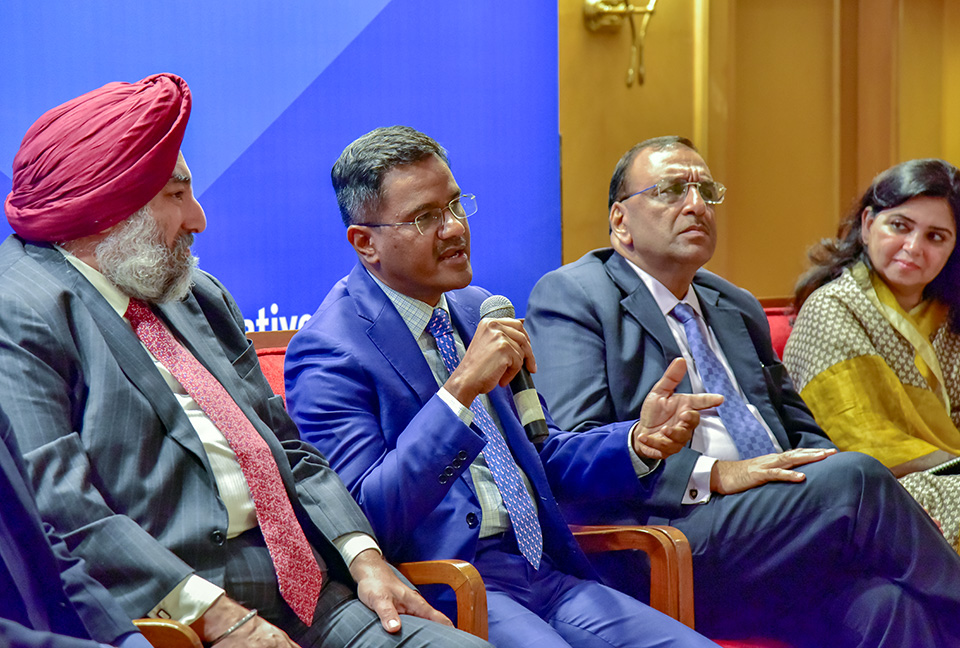 Industry and thought leaders discussed governance mechanisms that could assist in wider reach and stronger implementation of Women's Livelihood Bond. Photo: UN Women/Sarabjeet Dhillon